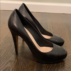Chanel black cap toe pumps. Size 39